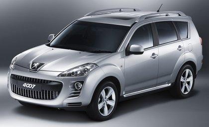 Peugeot_4007